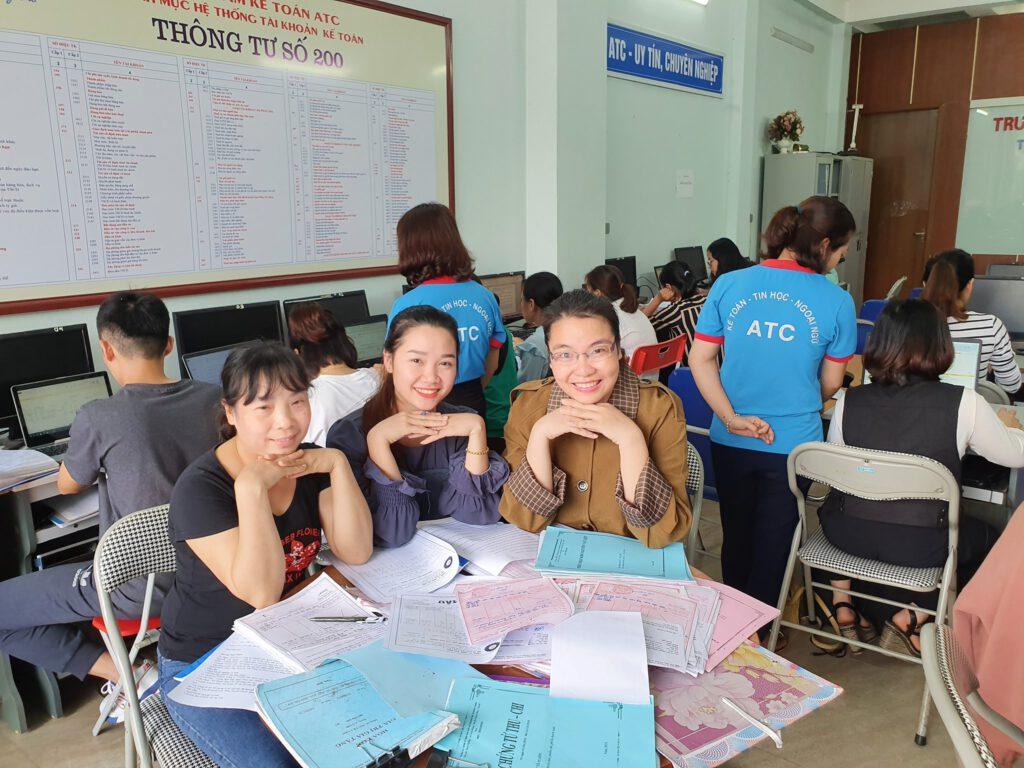 Hoc ke toan thuc hanh tai Thanh Hoa (2)