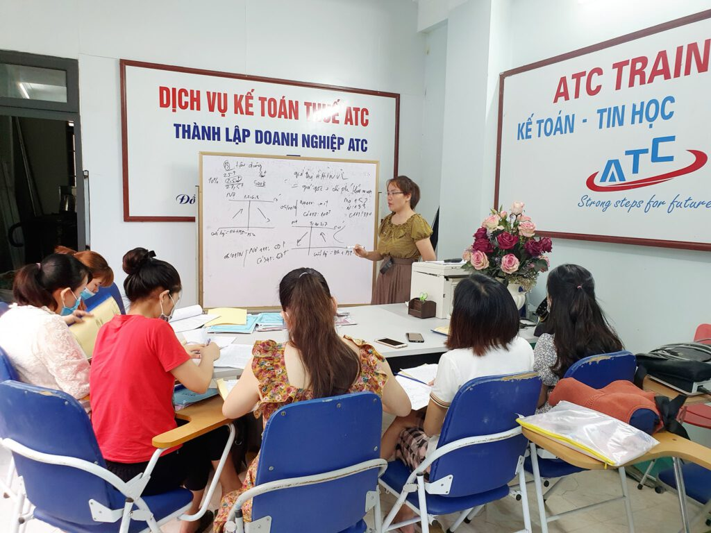 Lớp học kế toán tại Thanh Hóa